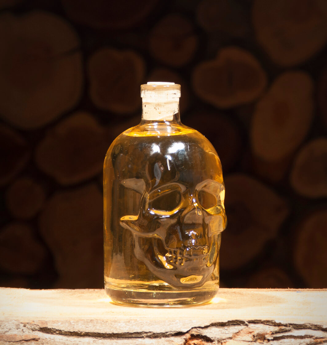 Honig-Holunderblüte 0,5 Liter Totenkopfflasche
